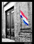 bandera_del_paraguay_en_un_edificio-19825[1]