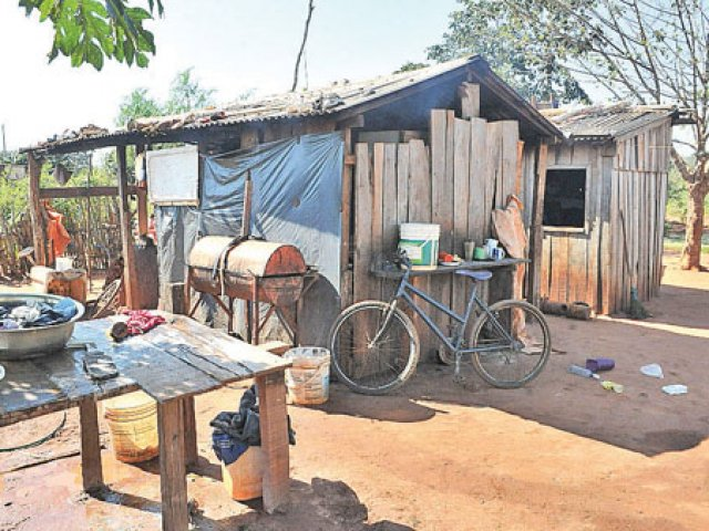 ministra-senavitat-anuncia-construccion-3000-viviendas[1]